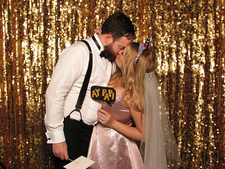 Funfetti-Jewish-wedding-The-Rattlesnake-Club-Detroit-Michigan-USA