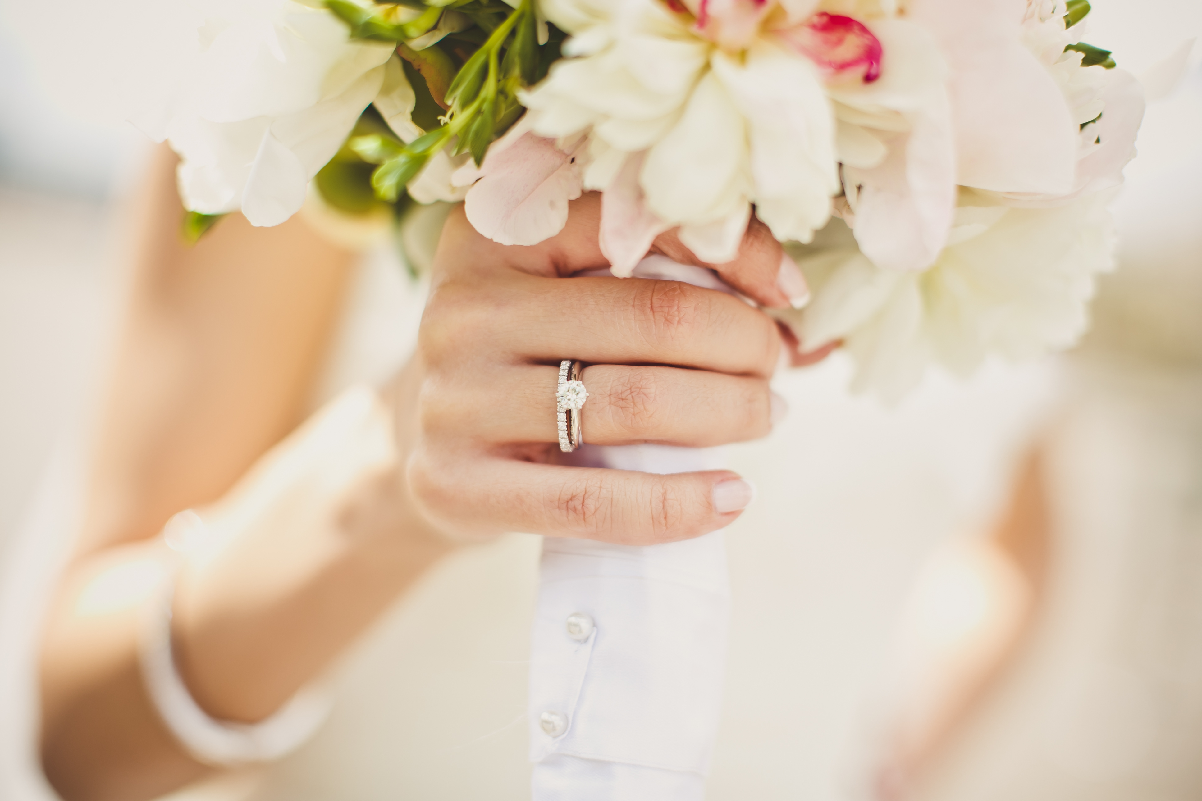 Your Engagement Ring, Your Way: Use 21st-Century Tech to Design the One-of-a-Kind Ring of Your Dreams with Lottie Leigh